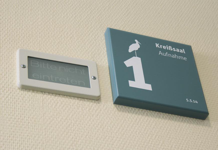 Türkennzeichnung am Kreißsaal